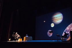 Galileo Galiei on stage